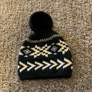 c6c13b4bcc795 Lands  End Black and White Beanie 🧣